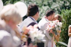 Peach garden wedding. Tealily Photography. www.theweddingnotebook.com