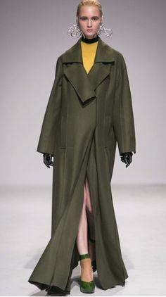 THEO Open Stitch Overcoat