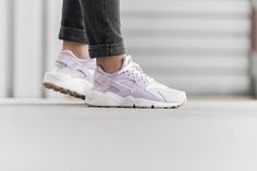 ***RELEASE REMINDER*** Ladies, the Nike WMNS Air Huarache Run will be available at our shop on Monday! Release: 8.2.2016 | 9:00 AM CET | EU 36 - 42 | 125,-€