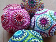 Bola de círculo colorido patrón ATERGcrochet de ganchillo