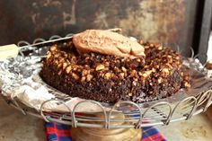 Chocolate Hazelnut Crunch Cake | saraheatsaustin