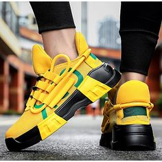 Buy Mens Shoes, Mens Shoes Online, Mens Fashion Shoes, Mens Trainers, Tenis Casual, Casual Sneakers, Casual Shoes, Comfortable Mens Shoes, Style Simple