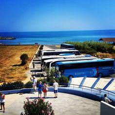 @Cretaquarium @Crete @CreteRegion @myhersonissos #Greeksummer @VisitGreecegr @DiscoverGRcom #lovingreece #lp Photography Tips, Travel Photography, Crete, Sun Lounger, Family Travel, Lp, Places To Visit, Photo And Video, Outdoor Decor