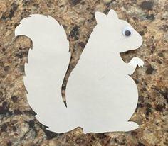 grey squirrel craft step 2 Preschool Art Projects, Fall Preschool, Preschool Crafts, Kid Crafts, Toddler Arts And Crafts, Fall Crafts For Kids, Art For Kids, Squirrel Art, Autumn Leaves Craft