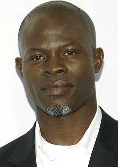 Djimon Hounsou (b Beninese, American screen actor; initially encouraged by fashion designer Thierry Mugler to pursue modeling Handsome Black Men, Most Handsome Men, Black Celebrities, Hollywood Celebrities, Black Is Beautiful, Beautiful People, Djimon Hounsou, Gta San Andreas, African Models