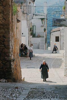 Cagnano Varano 1968: la strada   #TuscanyAgriturismoGiratola