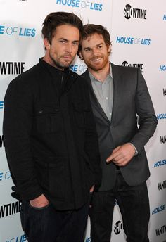 "Addicted To Dexter: Michael C. Hall et Desmond Harrington à l'avant-première de ""House Of Lies"" - Blog sur la série"