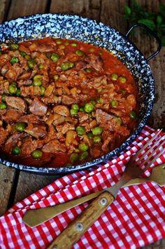 Hagymás, paradisomos, parikás, borsós máj, mmmm... Liver Recipes, Meat Recipes, Chicken Recipes, Healthy Recipes, Smoothie Fruit, Fast Dinners, Hungarian Recipes, Easy Healthy Breakfast, Food Humor