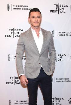 "Luke Evans Photos - Actor Luke Evans attends ""High-Rise"" Premiere - 2016 Tribeca Film Festival at SVA Theatre 2 on April 20, 2016 in New York City. - 'High-Rise' Premiere - 2016 Tribeca Film Festival"