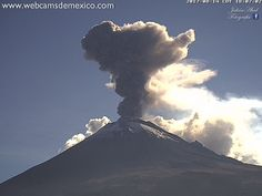 Explosión del #Volcán #Popocatépetl. Columna de emisión 1.8km de altura.  Ago-14/18:07h #Puebla #Mexico. Publicado por: