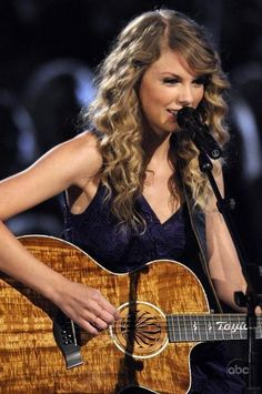 Still of Taylor Swift in The 43rd Annual Country Music Association Awards (2009)