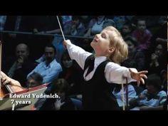 "7 Yaşındaki Şef Edward Yudenich ""J. Strauss - The Bat""... Dakhil ro7o anaa hl handsome conductor <3 :)"