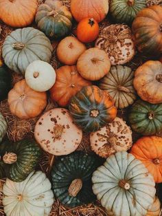 Terrific Photo october wallpaper 2019 fall october wallpaper Tips Pumpkins are often beautiful round, brilliant red, and in autumn they must not be missing specially Kool Aid, Bob Ross, October Wallpaper, Hello October, 12 October, Pumpkin Centerpieces, Halloween Wallpaper, Autumn Aesthetic, Autumn Day