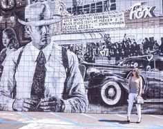 Saturday Street-Art! Enjoy your week-end #venicebeach #saturday #rileyandcoco