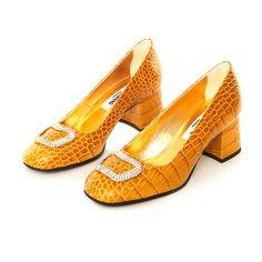 KIM KWANG stylish shoes for women