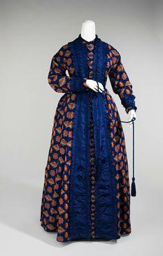 Robe imprimée en soie, ca.1875