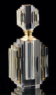 Cut Crystal Art Deco Perfume Bottle - How lovely. Antique Perfume Bottles, Vintage Perfume Bottles, Art Nouveau, Wallpaper Art Deco, Bottle Art, Bottle Design, Glass Art, Antiques, Totally Awesome