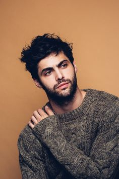 Matthew Daddario | Get to know the <i>Shadowhunters</i> star!