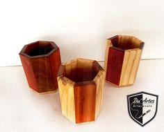 Porta caneta em madeira marchetada. Du´Arte Artesantos. Emmanuell & Alessandro.