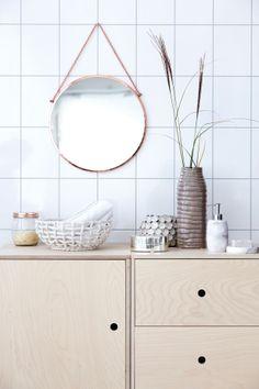 House Doctor spiegel Bolina koper rond - Spiegels - Wanddecoratie http://www.picabelladesign.nl/product/house-doctor-bolina-spiegel-brons-rond/