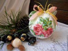 Новый год 2015 ручной работы. Ярмарка Мастеров - ручная работа Елочный шар – новогодние игрушки декупаж новый год. Handmade.