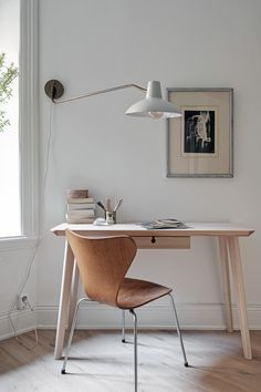 So make sure you design your home office exactly how you want from the perfect colors, . See more ideas about Desk, Home office decor and Home Office Ideas. Ikea Interior, Home Office Chairs, Furniture, Interior, Floor Desk, Home Office Decor, Design Your Home, Desk Design, Home Decor