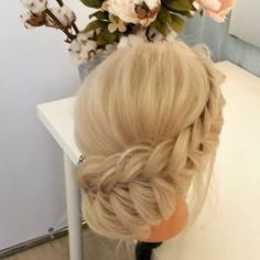 Если #нетвремениобъяснять 😅 👀📽 #bridalhair #hairstyle #hairdo #braid #fishtalebraid #lovelybraid #braidbun #prettyhair #braidtutorial #braidmovie #lenabogucharskaya