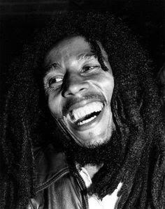 Peep These Beautiful And Rare Bob Marley Photos Bob Marley Legend, Reggae Bob Marley, Bob Marley Pictures, Marley Family, Rasta Man, Marley And Me, Jah Rastafari, Robert Nesta, Nesta Marley