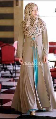 Hijab Fashion 2016/2017: Beautiful…#hijab – totally gorgeous coffee colour with a flash of turquoise underneath!! Hijab Fashion 2016/2017: Sélection de looks tendances spécial voilées Look Descreption...