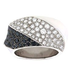 Black and White Diamond Ring in Gold