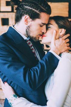 Tropical Mid-Century Modern Wedding Inspiration with Spanish Flair   Ruffled