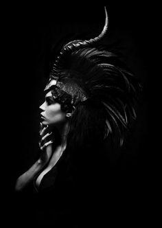 Noire.