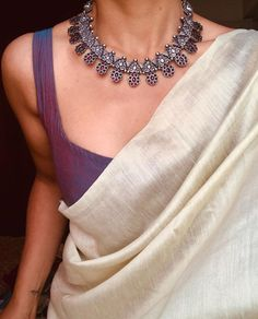 Cute Silver Necklace From Prade Jewels ~ South India Jewels Dress Indian Style, Indian Dresses, Indian Saris, Indian Wedding Outfits, Indian Outfits, Indian Clothes, Saree Jackets, Saree Jewellery, Gold Jewellery