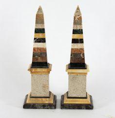 A pair of specimen marble obelisks - Dim: 43.5cm high