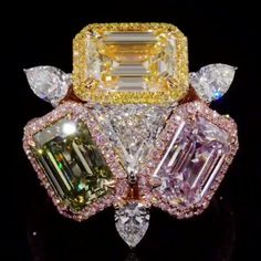 All people have a vision, but not everyone can get it! Create design and make it visual! Rose Gold Jewelry, High Jewelry, Diamond Jewelry, Jewellery, Jewelry Design Drawing, Expensive Jewelry, Jewelry Photography, Colored Diamonds, Colored Diamond Rings