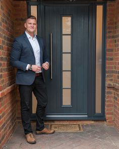"Ricky Martin, winner of the The Apprentice in 2012, has transformed the front of his Hertfordshire home with a wonderful contemporary Solidor front door: 'The Florence'. Ricky replaced an old-fashioned black door with a stunning anthracite grey Solidor. ""I'm thrilled with my new Solidor and I was impressed by the service I received from The Urban Door Company in Billericay"", Ricky told us."