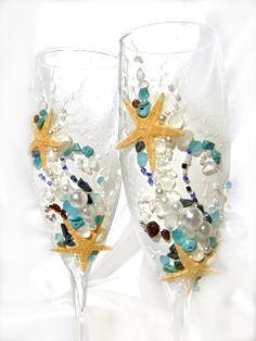 Starfish wedding champagne glasses, beach wedding toasting flutes, barefoot wedding, ocean side wedding
