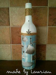 Zomerse fles bewerkt met een servet.
