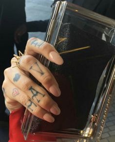 Kehlani Grammy accessories and nails - February 2016