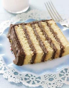 vanilla layer cake with chocolate frosting