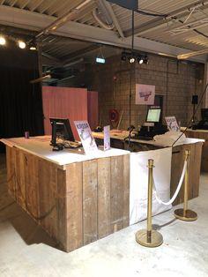 Cocktail, Lounge, Desk, Furniture, Home Decor, Airport Lounge, Drawing Rooms, Desktop, Decoration Home