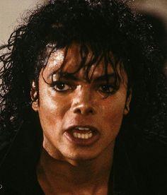 via dos fa ce book puwww to com, bad, nom ka ren ale jan da, tie ne años Michael Jackson Bad Era, Michael Jackson Thriller, I Love You Forever, Photos, Pictures, Favorite Person, Famous People, Handsome, Singer