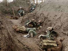 北イタリア戦線で、戦死したイタリア兵の写真。