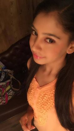 please join me on twitter and lets rock Charlie Chauhan, Amazing Dp, Niti Taylor, Bollywood Stars, Indian Beauty, Actresses, Taylors, Female, Heroines