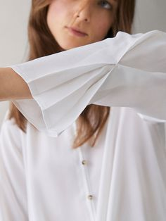 T-SHIRT WITH KNOT DETAIL - Women - Massimo Dutti