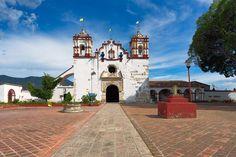 2015-11 Iglesia Preciosa Sangre de Cristo Teotitlan del Valle Oaxaca Mexico. #toptravelspot #mexico #oaxaca #teotitlandelvalle #preciosasangredecristo #church #locationindependent #travel #traveling #instantraveling #instatraveling #streetphotography #travelphotography #sonyalpha