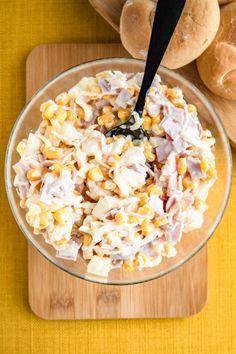 Sałatka selerowa z ananasem i kukurydzą (6 składników) B Food, Love Food, Salad Recipes, Snack Recipes, Cooking Recipes, European Dishes, Food Cravings, Food Design, Food Inspiration