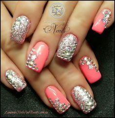 See more about pink nails, nail arts and silver nails. Fancy Nails, Bling Nails, Love Nails, Glitter Nails, Pretty Nails, My Nails, Bling Bling, Pink Glitter, Rhinestone Nails
