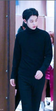 정준영 짠내투어 제작발표회 Jung Joon Young, I Love Him, My Love, Pop Rock, Asian Boys, Good Looking Men, Korean Singer, Lgbt, How To Look Better