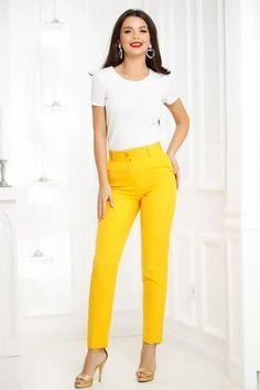 Pantaloni Fathia Yellow - Smart Shopping Online Look Office, Capri Pants, Yellow, Shopping, Products, Fashion, Moda, Capri Trousers, Fashion Styles